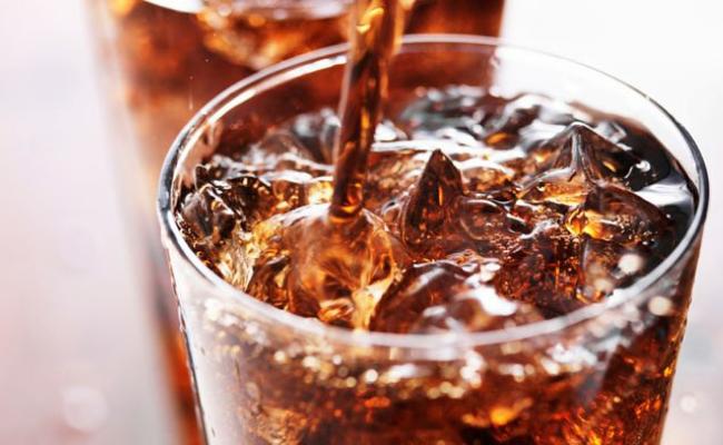 Dampak Buruk Minum Soda